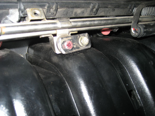 Installed fuel injector rail